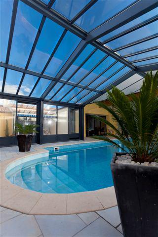 veranda-pour-piscine-spa